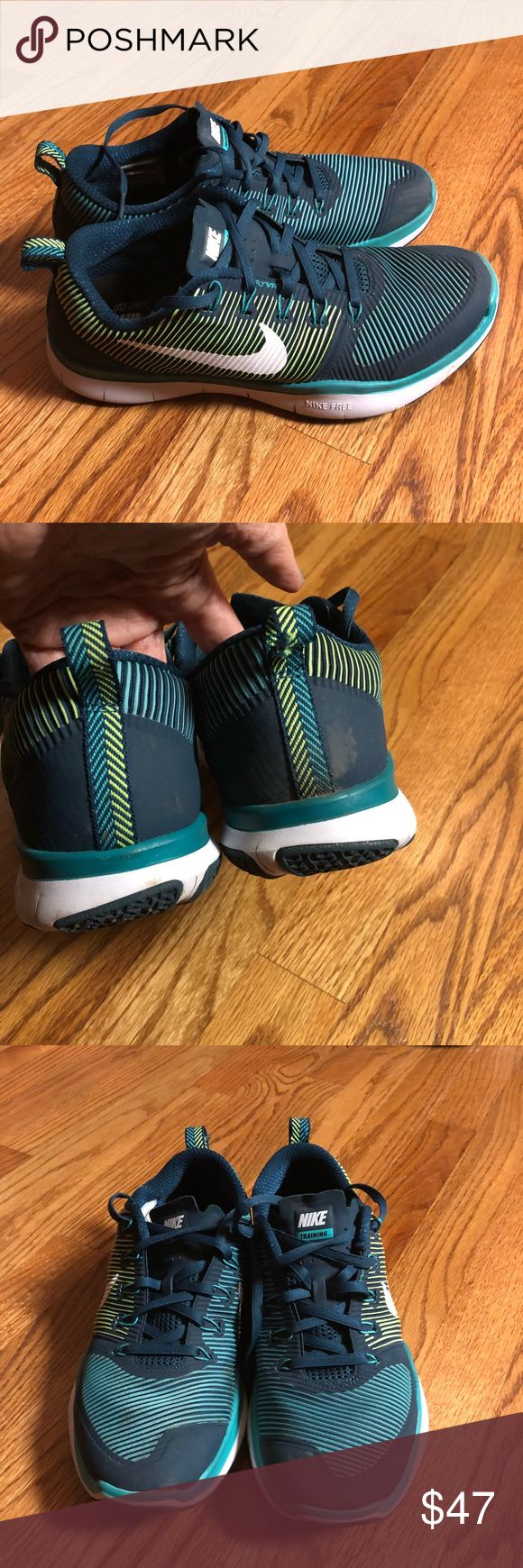 Nike mens training lift run jump cut athletic shoe Nike mens training athletic shoe gently Used still tons life left as you can see in pics newer model 2016 Nike Shoes Athletic Shoes
