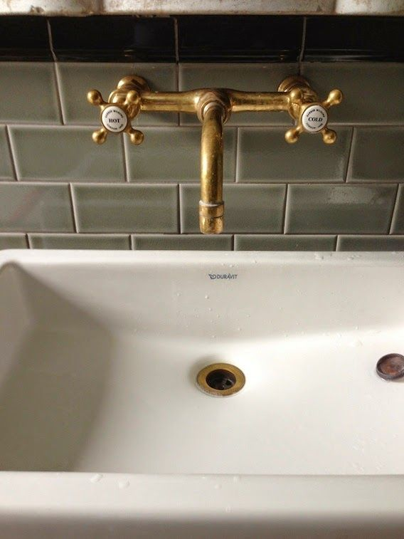 Wednesday Question: gold taps – well, would you?