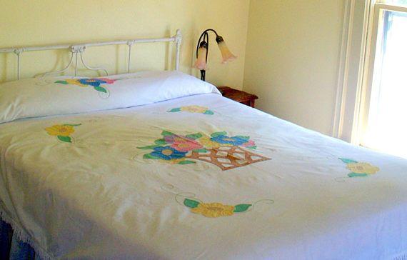 Vintage Bedspread Handmade Applique  Bedspread Coverlet