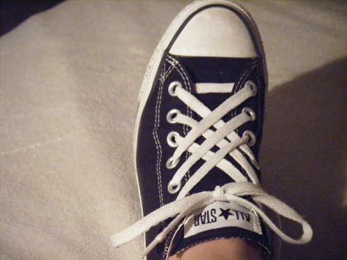 I want a pair of converse just so I can lace them like this. This dude has awesome lacing things.