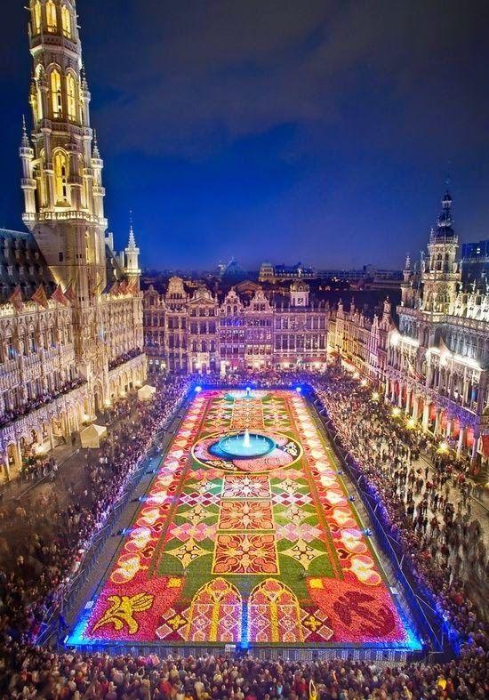 The Carpet of Flowers Festival - Grand Place, Brussels, Belgium | for the love of festivals - summer feelings - summer bucketlist