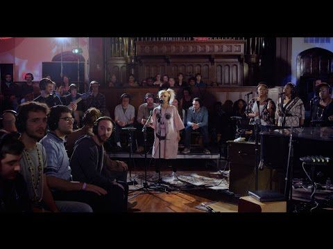 "Snarky Puppy feat. Knower & Jeff Coffin - ""I Remember"" (Family Dinner - Volume Two) - YouTube"