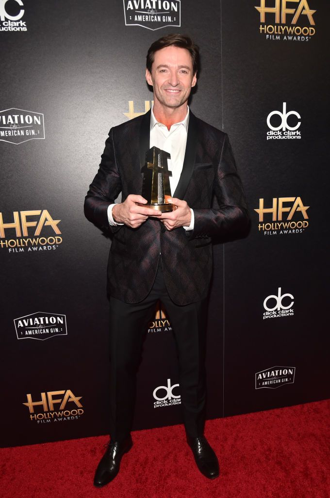 Hugh Jackman Hollywood Actor Award Recipient Poses In The Press Hollywood Actor Hugh Jackman Actors
