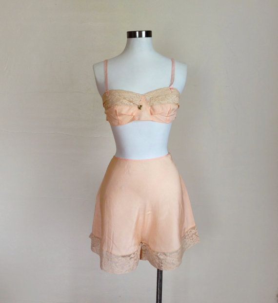 1920s / 1930s Lingerie  Pink Bralette and Tap Shorts / Panties  SET Size M - $100 - should fit Kara
