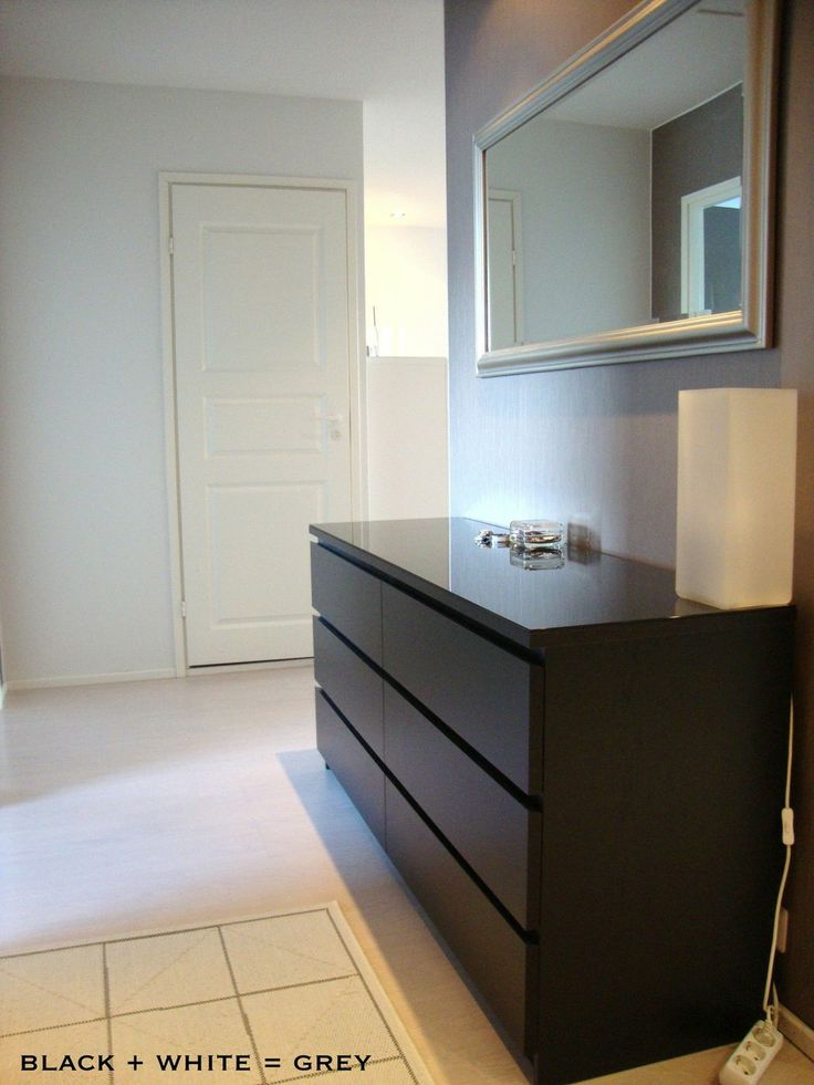 #Ikea Bestå ja Malm - Black + White = Grey | Lily.fi. Also note the lovely way of hanging the mirror, which could be Hemnes.