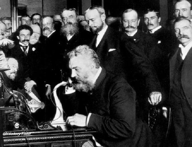 March 10, 1876 : Alexander Graham Bell makes first