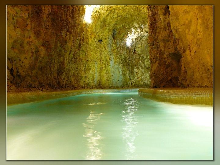 Barlang-fürdő, Miskolc-Tapolca