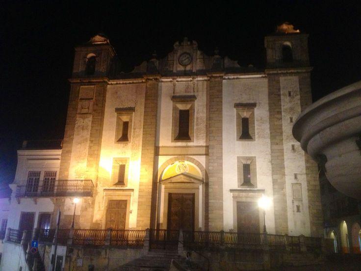 Evora after dark