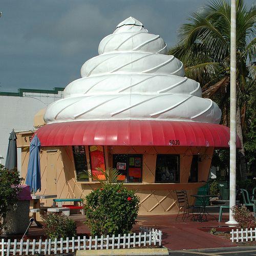 Ice Cream Bldg, Bonita Springs, Florida