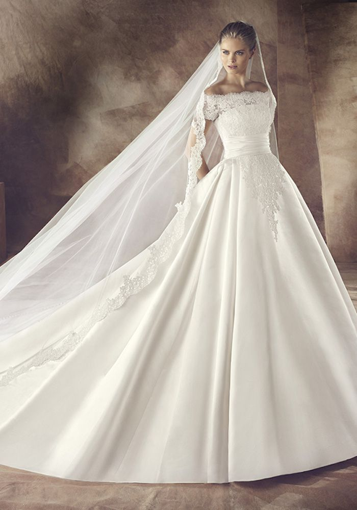 Avenue Diagonal 2016 Collection   Stunning Wedding Princess Gown with Illusion Short Sleeves - Hong Kong   LMR Weddings