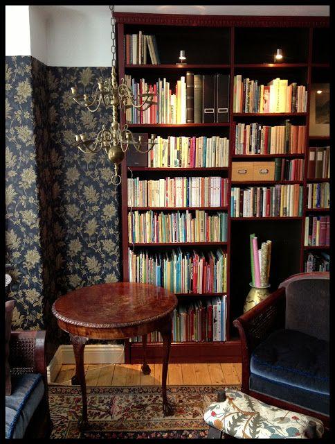Villavägen 3: Biblioteket Före och Efter