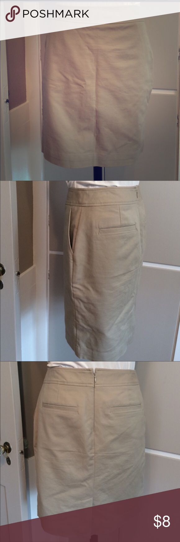 Khaki pencil skirt Great skirt for work! Khaki stretch pencil skirt with pockets from Merona. Only been worn twice Merona Skirts Pencil
