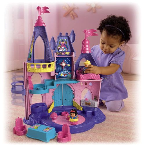 Seven different play areas! Room for all the princesses to play all around (your little princess too!)