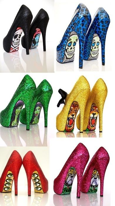 I never wear heels but these are just fun to look at...and I wouldn't mind making some, either!