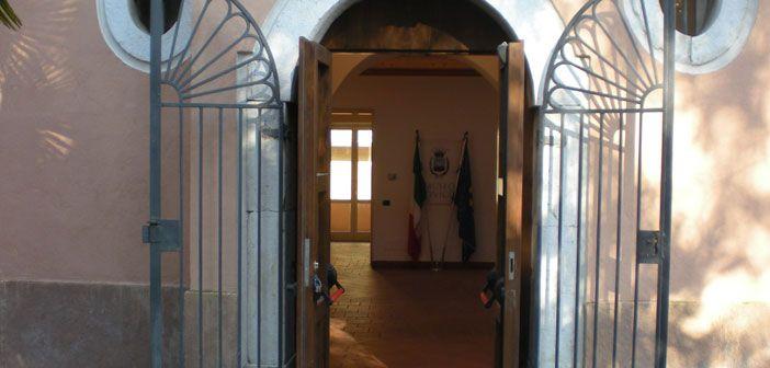 Avellino – Le antiche ceramiche della Scuola d'Arte donate al Museo Civico di Villa Amendola