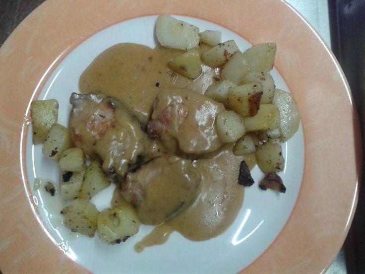 Filone di Maiale con crema di senape e patate IL MAIALE il piatto dell'inverno Friulano accompagnato con le tradizionali patate by lady and chef Silvana