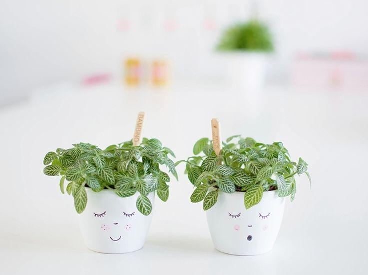 Kostenlose Anleitung: Blumentöpfe selbst verzieren / free diy tutorial: pimp up your plant pots via DaWanda.com