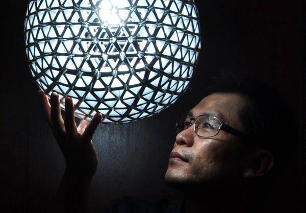 Cómo hacer una lámpara con materiales reciclados - Cultura Colectiva - Cultura Colectiva http://culturacolectiva.com/como-hacer-una-lampara-con-materiales-reciclados/