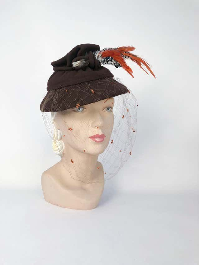 1930s Brown Sculpted Fur Felt Hat With Feathers And Full Veil Hats Black Straw Hat Hats Vintage