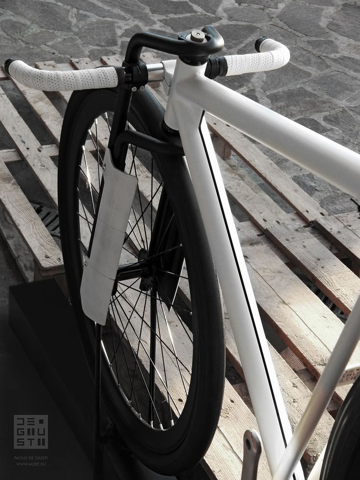 Urban Pursuit Concept Bike. Design and prototype by Paolo De Giusti - www.muee.eu