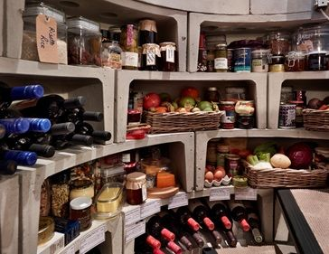 this or more traditional larder/root cellar? probably more traditional but this is just nice to look at