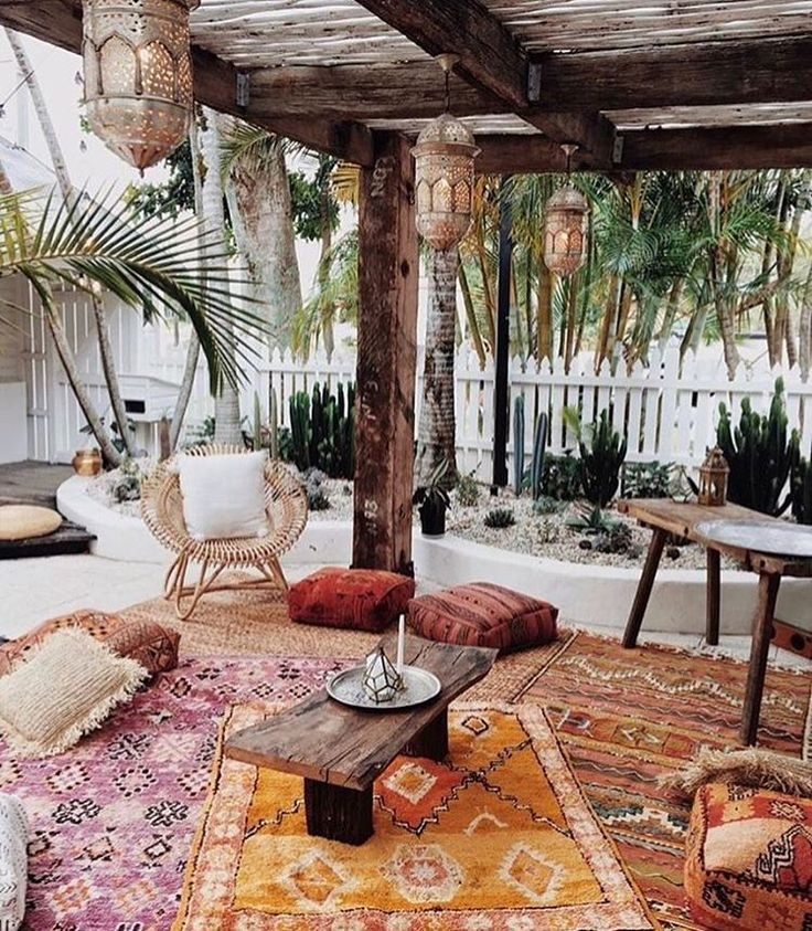 25 best ideas about bohemian patio on pinterest cozy. Black Bedroom Furniture Sets. Home Design Ideas