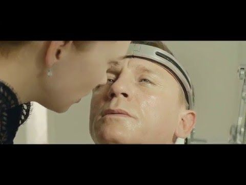 Spectre 007-Kissing Scenes - YouTube