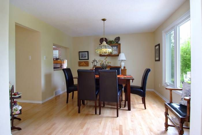 $596,000 Dining Room - Homes for sale in Carp, West Carleton, Rural Kanata, Dunrobin and Ottawa - Andy Oswald