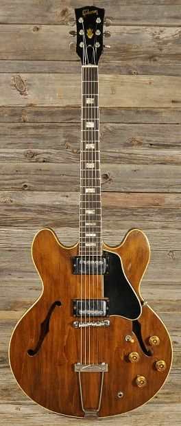 GIBSON ES-335 1967 Walnut Refinished | Chicago Music Exchange