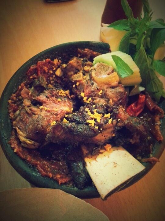 Iga Penyet - indonesian Food #Indonesian recipes #Indonesian cuisine #Asian recipes http://indostyles.com/