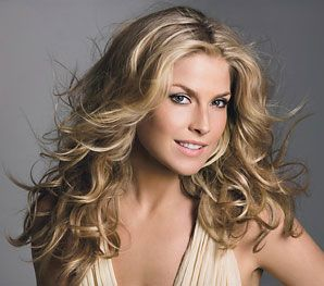 Ali Larter hair envy.