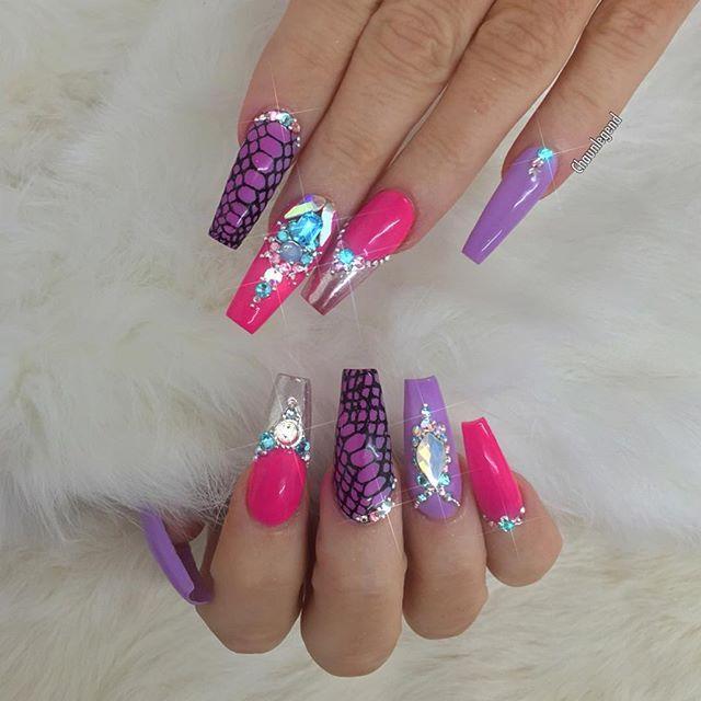 Mejores 53 imágenes de Nail Art Strass en Pinterest | La uña ...
