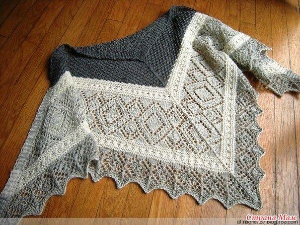 Miraldas Triangular Shawl by Nancy Bush