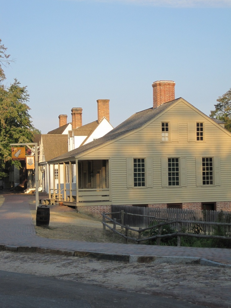 Colonial Williamsburg Rebuilt On Its Original Location