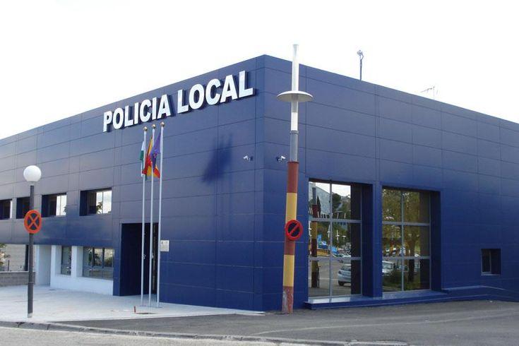 La Policía encuentra un niño de 12 años durmiendo en la calle para evitar la riña de sus padres