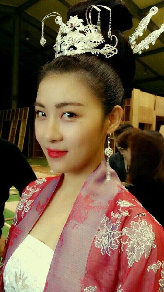 "Amazing actress Ha Ji-won from ""Empress Ki"""