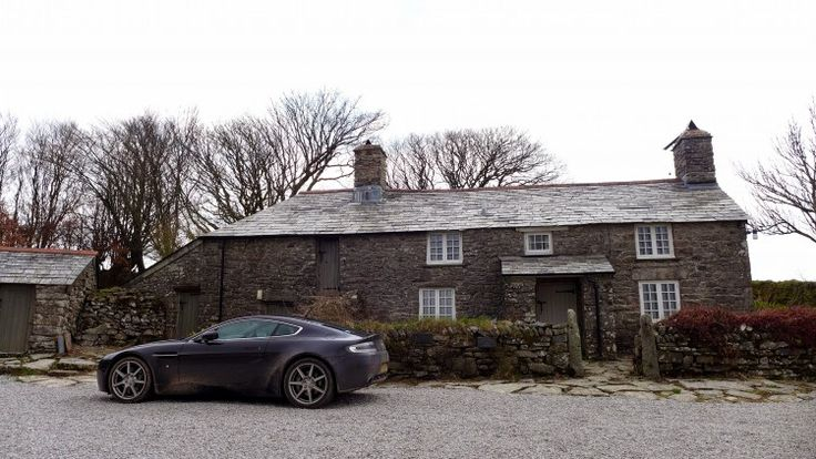 Channel your inner Poldark with a stay at South Priddacombe holiday cottage on Bodmin Moor in Cornwall - The setting of Winston Graham's Poldark