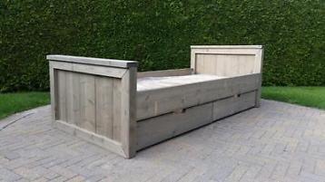 eenpersoons bed ledikant steigerhout robuust met lades