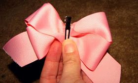 Southern Disposition: Easy Hair Bow Tutorial