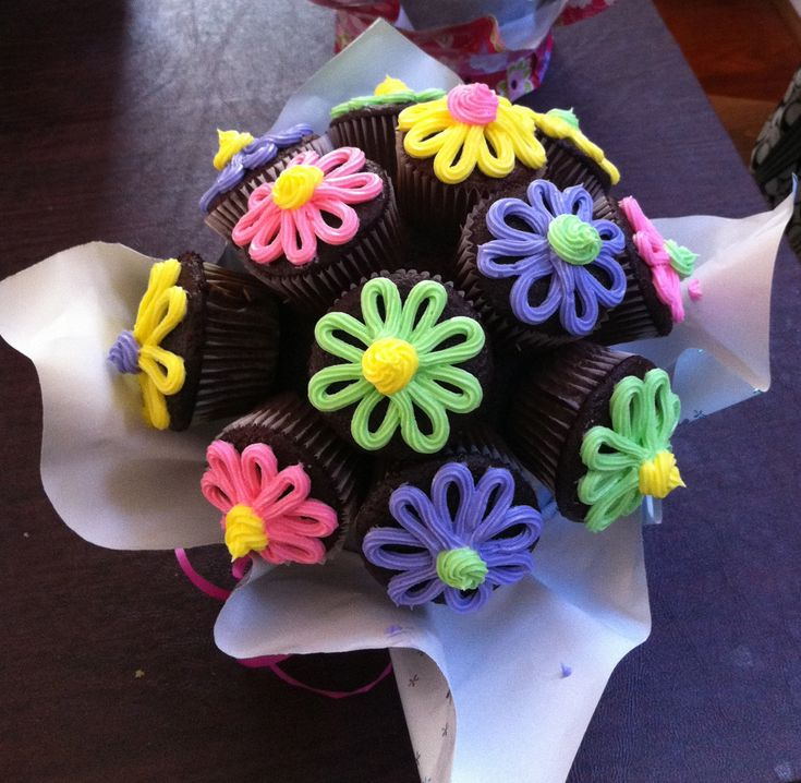 Flower Cupcake Cake Bouquet