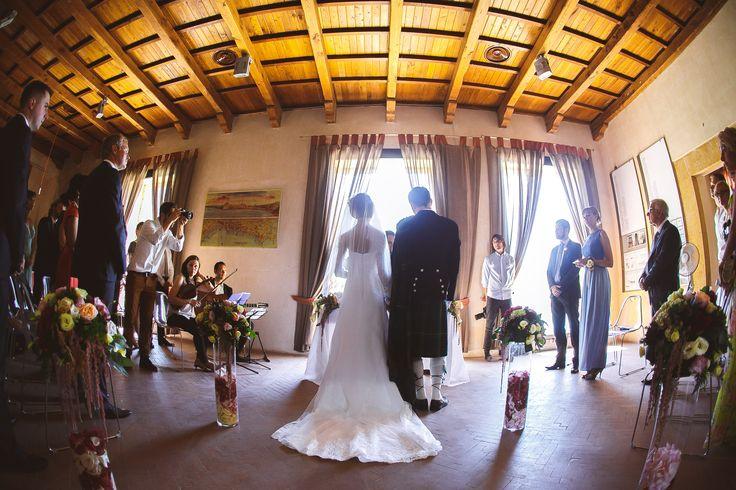 Свадьба на Сицилии. Официальная церемония в замке/Wedding in Sicily. Civil ceremony in castle.