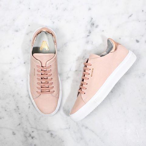 Lovely sneakers with a rose gold metallic heel from @axelarigato_women #axelarigato