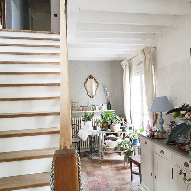 Motivation Encore Une Vue Des Poutres Repeintes Et De L Escalier