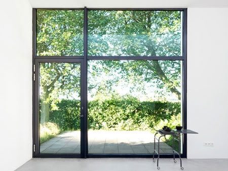 Wow what a window, just beautiful