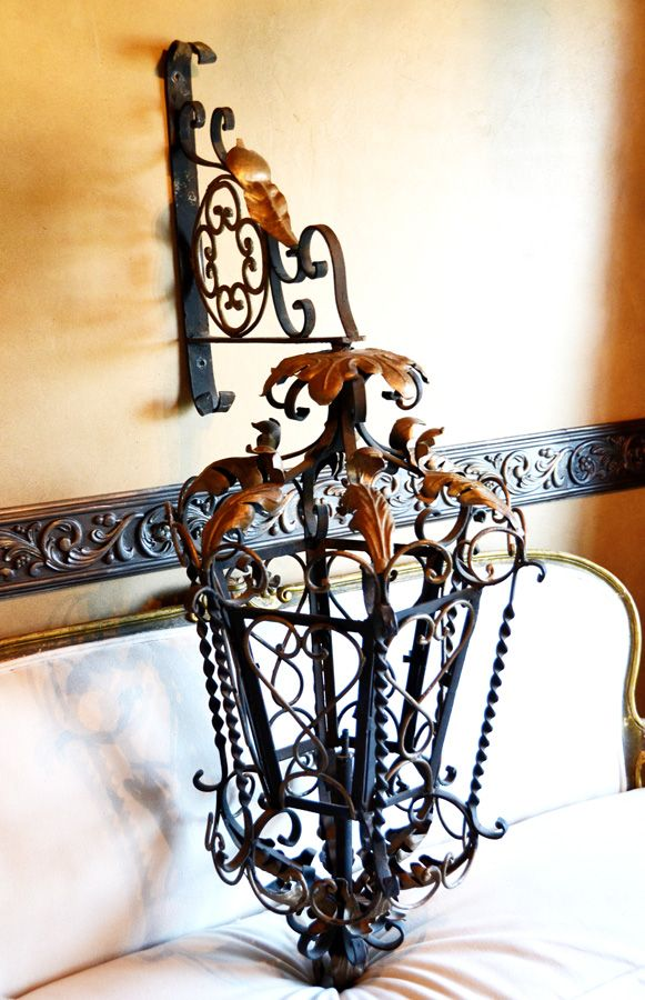 Wall Sconce Chandelier Mural : 238 best images about Chandeliers - Lighting on Pinterest Street lights, Squares and Sconces