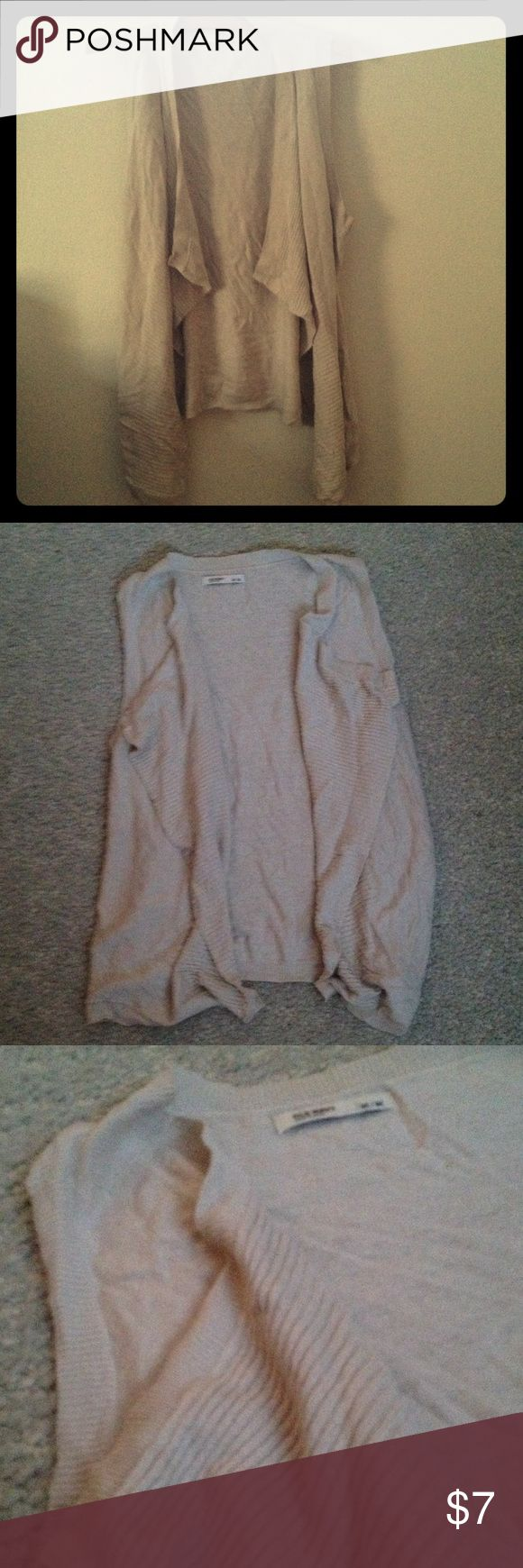 Beautiful women's sleeveless sweater! Cream colored women's sleeveless sweater, size M. Hardly ever worn. Old Navy Sweaters Shrugs & Ponchos