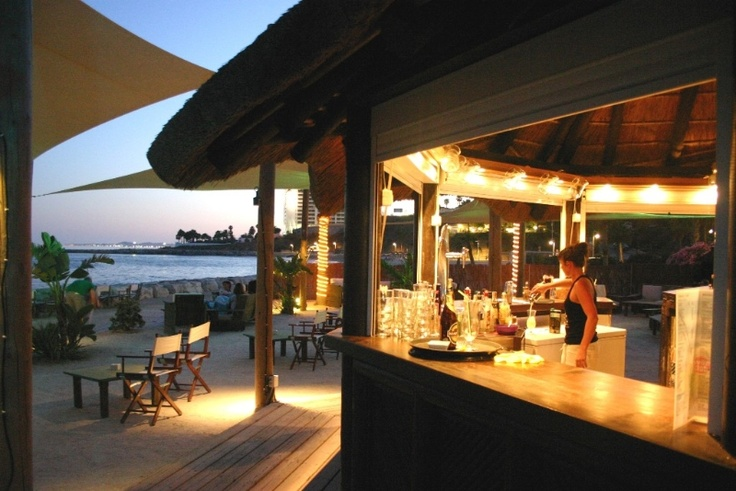 An amazing evening at Salitos Bar in front of Sunset Beach Club, Benalmádena, Spain