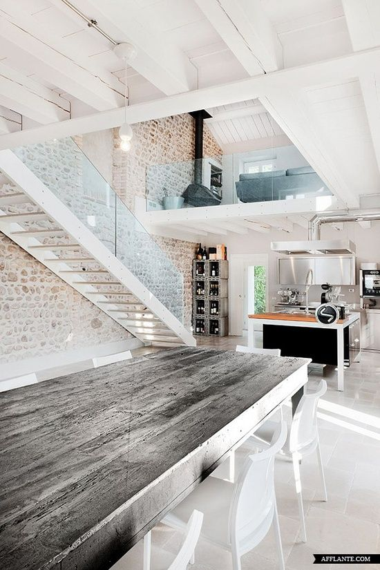 Love the wall, the natural textures and all the light