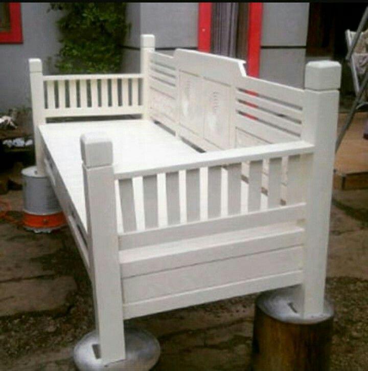 Bale bale bench long Open order Ajm  Wa :089625502576  Line id :zainalzain18  Kami adlh produsen produk furniture yg jg menerima pesanan custom desain sendiri