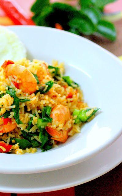 nava-k: Nasi Goreng Belacan Udang ( Shrimp Paste And Prawn Fried Rice)